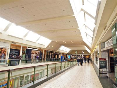 jefferson-valley-mall-01